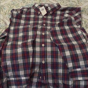 New with tags, men's button shown plaid shirt